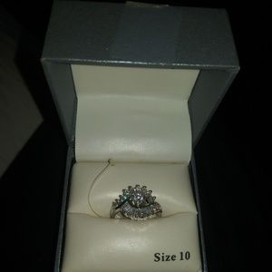 BNWT New Directions sliver ring size 10